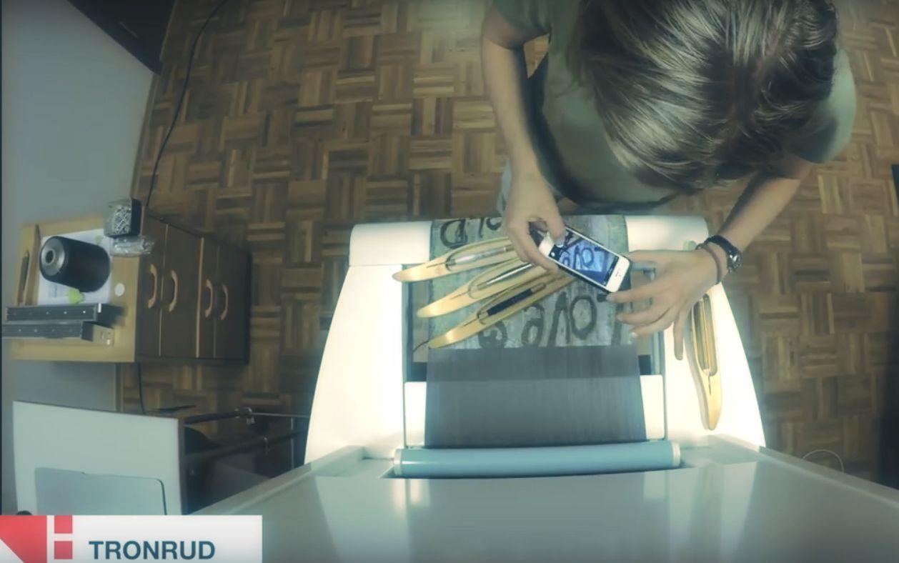 Watch Jennifer weave in time lapse