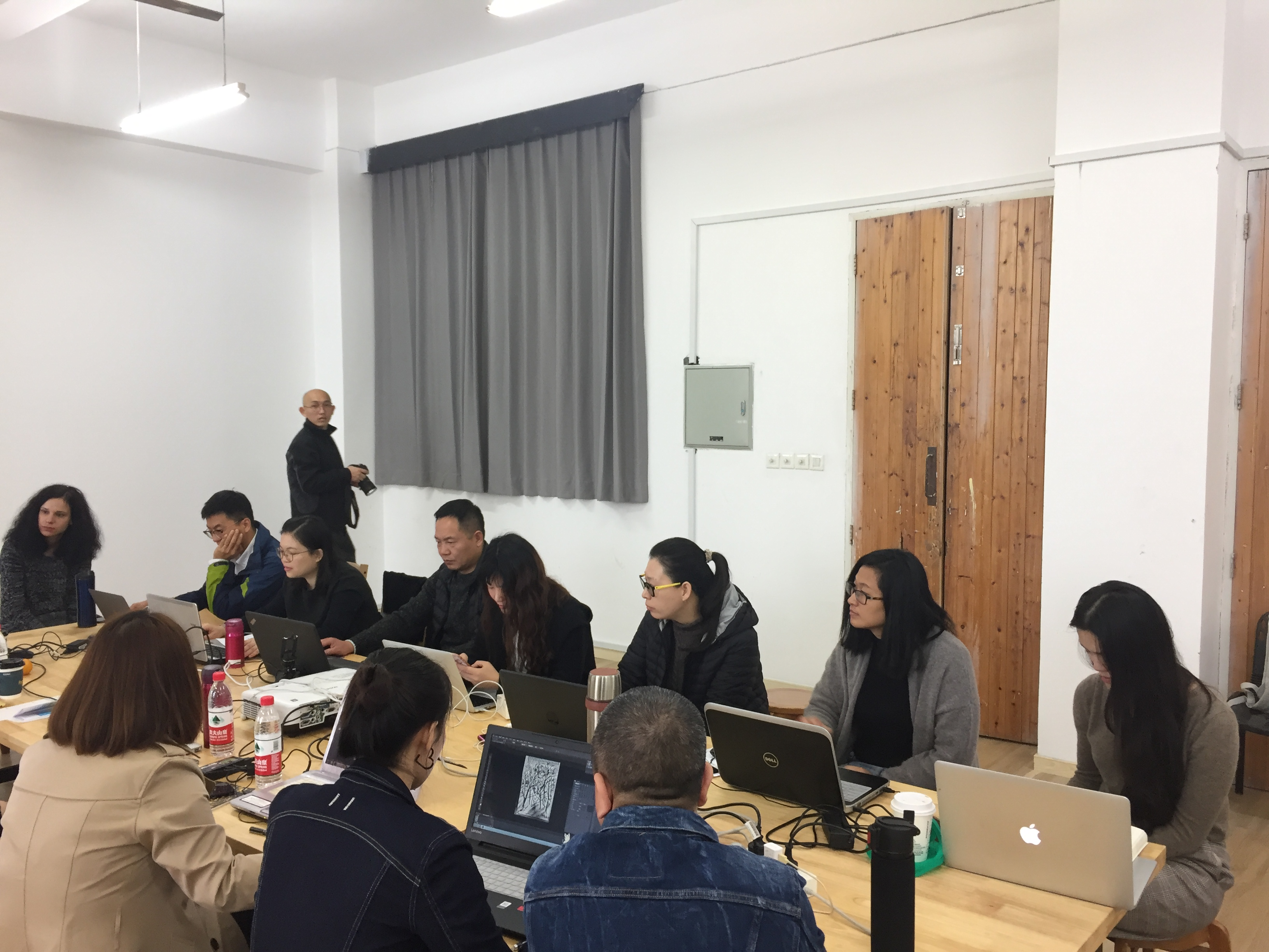 Group discussion in China Academy of Art