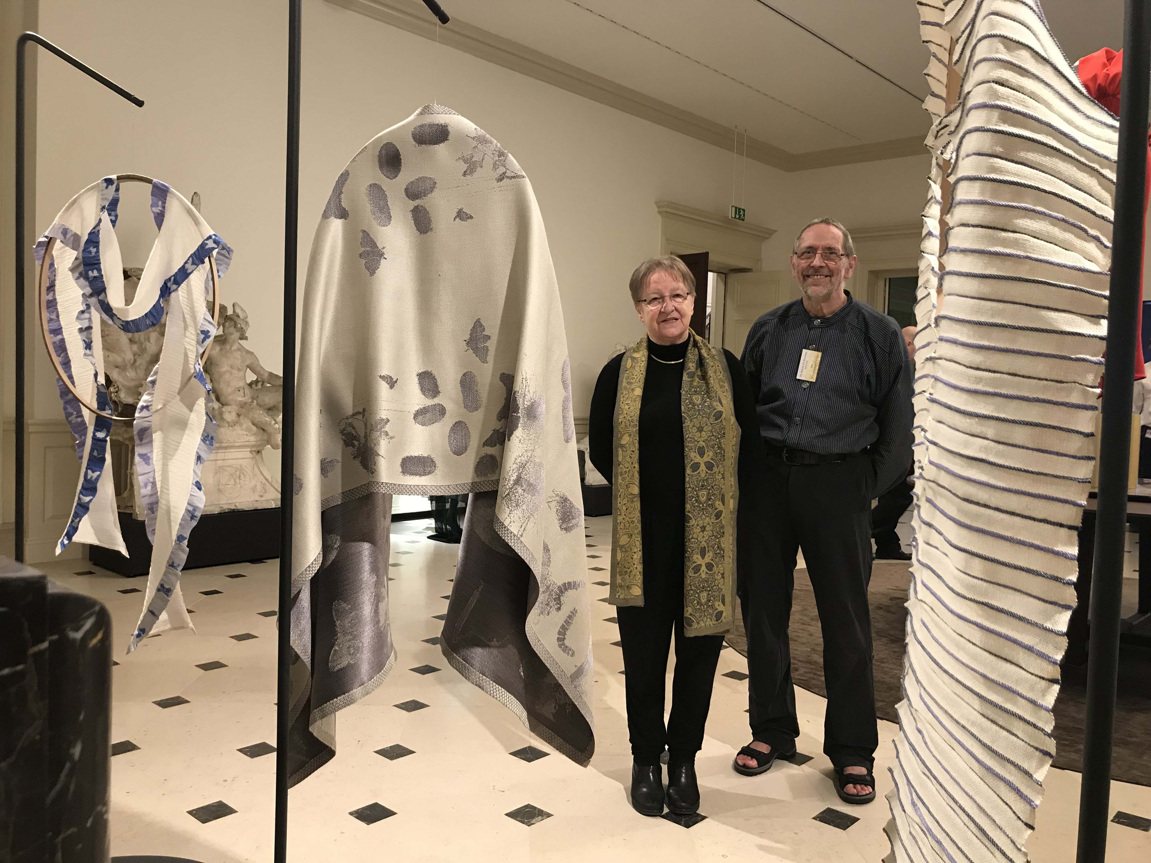 Scarves by Luxembourg-artists at national exhibition!